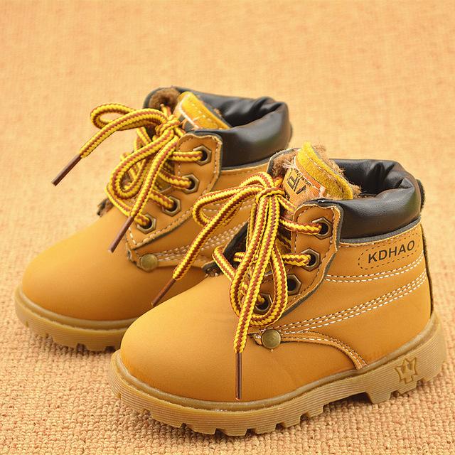 f6336719ebb3 Ботиночки могут подходить по размеру, но натирать или быть неудобными. Вы  же не станете просить примерить и купить для вас туфли кого-то из друзей