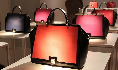 https://sumochka.com/upload/tenditrendy-furla_presenta_le_borse_dellautunno_2013_alla_milano_fashion_week-8617140098_7e3697e2ba_c.jpg